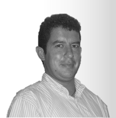 Antonio Cortés R
